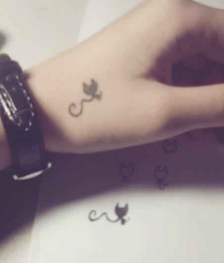 超美的纹身你爱吗?我教你画!图片