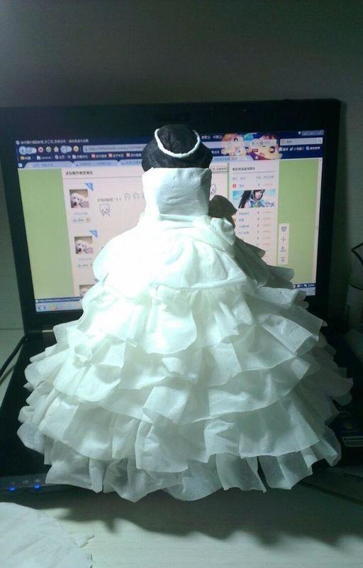 迷你婚纱,纯纸巾制作