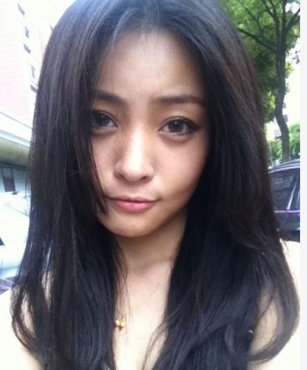 张梦尧 饰演 小丽 张伟的逃婚新娘
